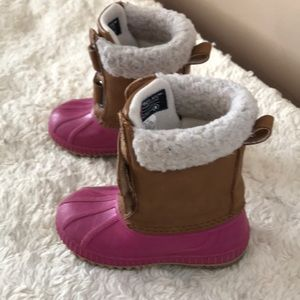 Gap size 7T gently used winter boots